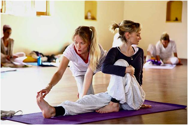 Find best yoga teacher in Sydney