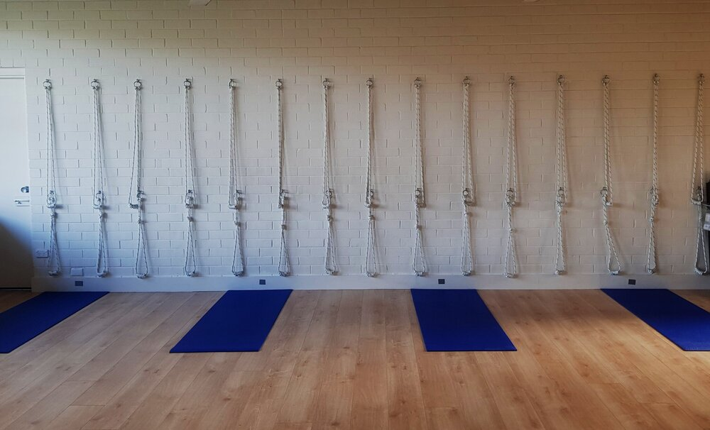 Coogee Yoga fully equipped mat distancing covid