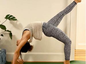 lou yoga teacher sydney hatha vinyasa iyengar